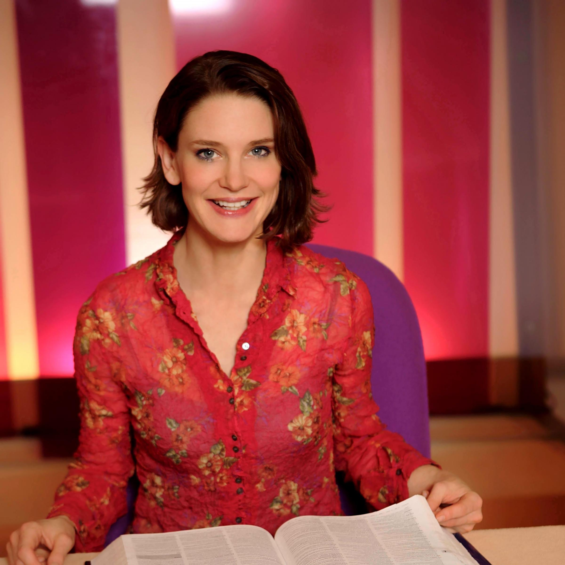 Susie Dent - The Secret Lives of Words