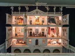 Life in Miniature: Dolls' House Clean