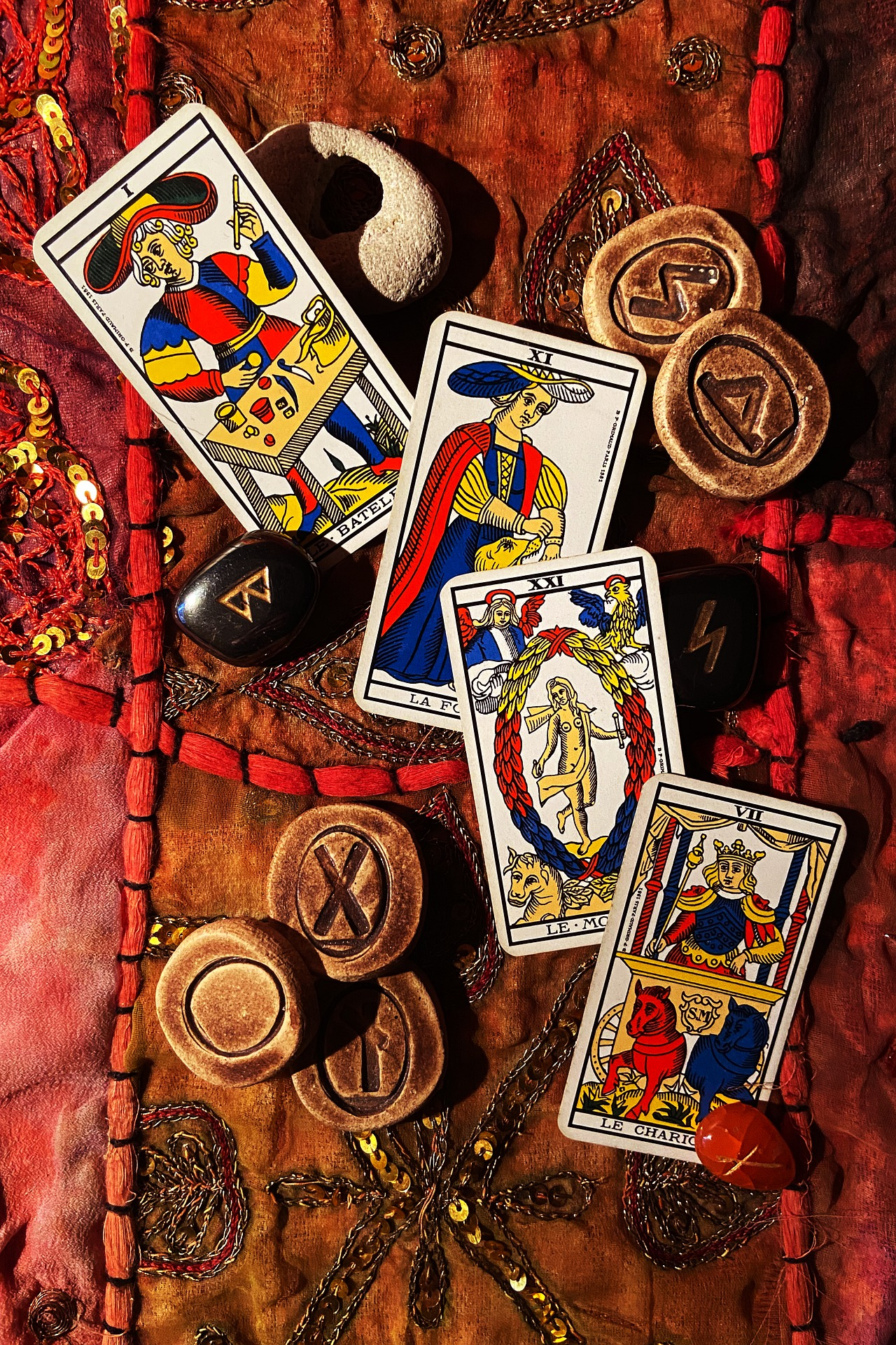Free Positive Halloween Tarot Readings At The Eclipse Inn, Winchester