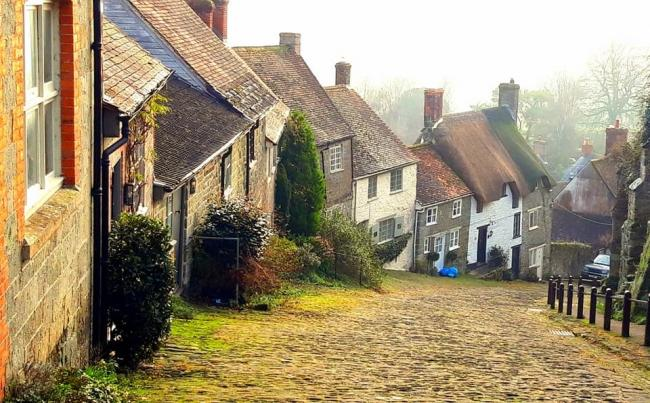 Gold Hill, Shaftesbury - Picture by Camera Club member Robert Yates