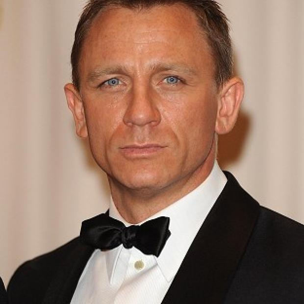 Salisbury Journal: Daniel Craig's suave look as 007 has seen him voted snappiest movie dresser by film fans