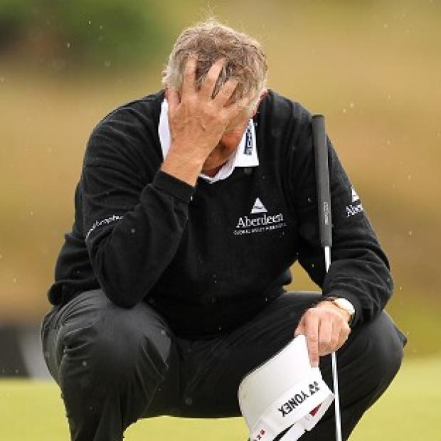 Colin Montgomerie suffered a frustrating day at Sunningdale