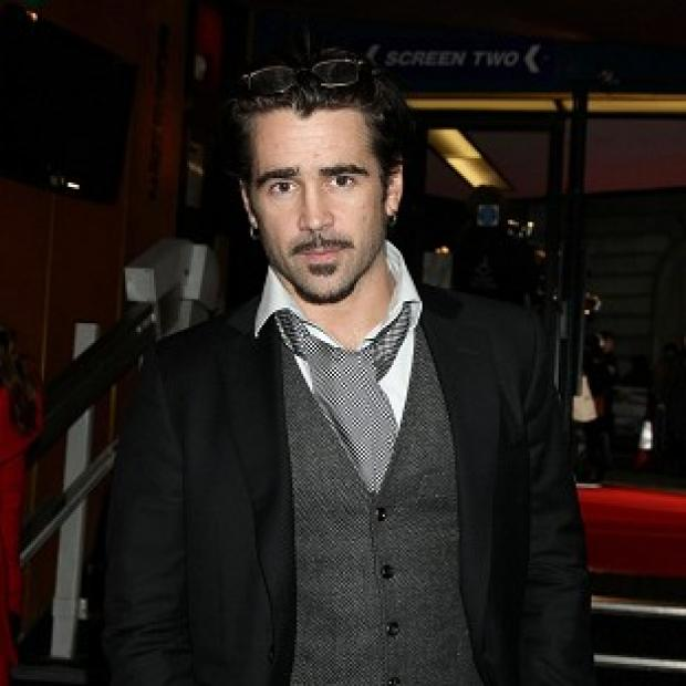 Salisbury Journal: Colin Farrell was uncomfortable kissing Kate Beckinsale in front of her husband