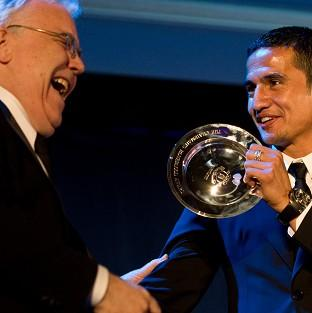Bill Kenwright has paid tribute to Tim Cahill after he left Everton to join New York Red Bulls