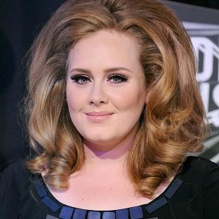 Adele's 21 has sold more than 250,000 copies online