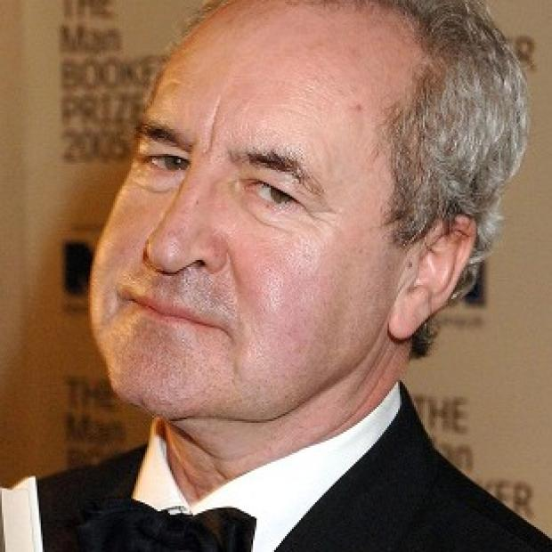Award-winning novelist John Banville is to bring back one of fiction's most famous private detectives in a new book