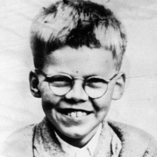 Tests on a spade discovered on Saddleworth Moor have not proved any link with Keith Bennett, who was murdered by Ian Brady and Myra Hindley