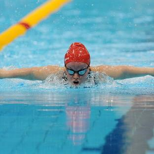 Ellie Simmonds smashed the world record on the way to qualifying for the SM6 200m individual medley final