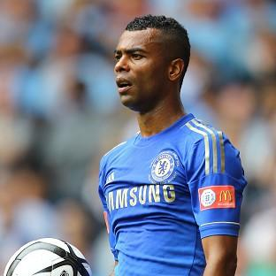 It is understood Ashley Cole will sign a new deal at Chelsea