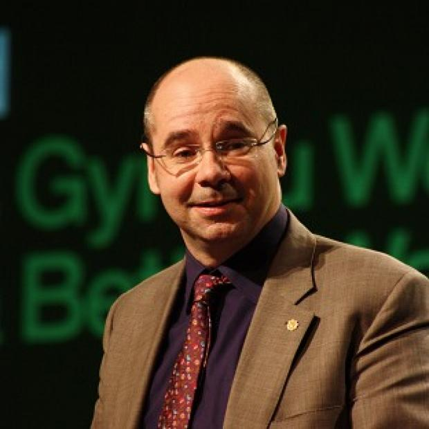 Plaid Cymru AM Simon Thomas has said Welsh education minister Leighton Andrews must be called to account for his actions