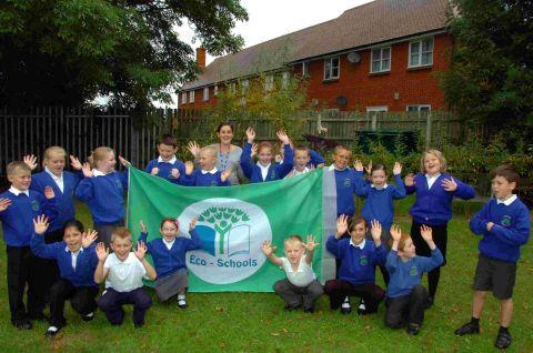 Green flag for Woodlands School