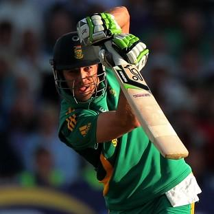 AB de Villiers' 30 helped South Africa defeat Sri Lanka