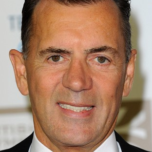Dragons' Den star Duncan Bannatyne has suffered a suspected heart attack