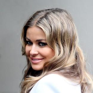 Carmen Electra has reportedly split from her fiance