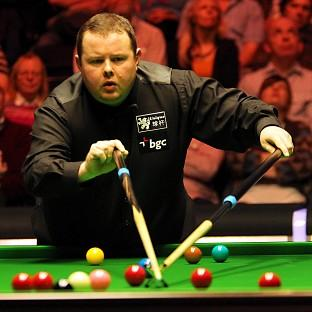 Stephen Lee, pictured, lost a Premier League match 4-2 to John Higgins on Thursday