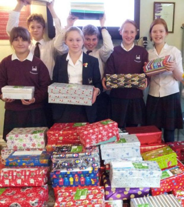 Leehurst pupils collect shoeboxes for Trussell Trust
