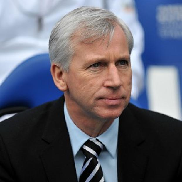 Alan Pardew is poised to complete a double transfer swoop