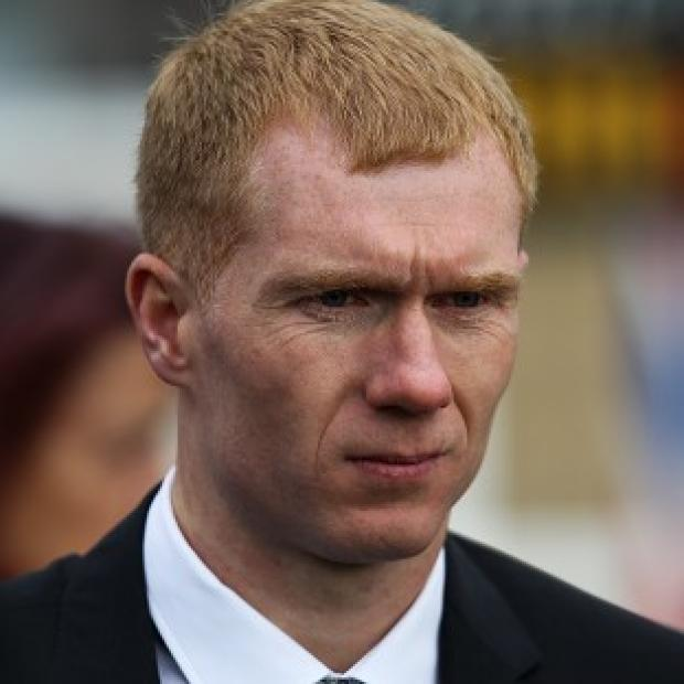 Thieves stole a 4x4 owned by Paul Scholes when he left the engine running to melt ice on the windscreen