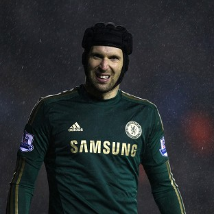 Petr Cech has suffered a finger ijnury
