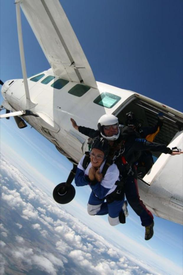 Skydive record attempt for CLIC Sergant