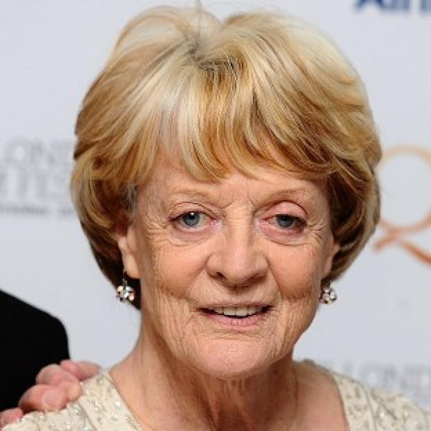 Dame Maggie Smith has confessed she has never seen Downton Abbey