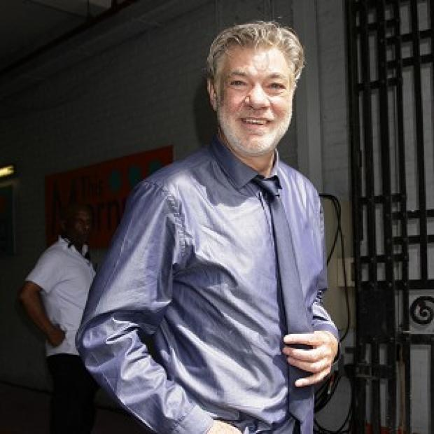 Stars In Their Eyes was hosted by Matthew Kelly