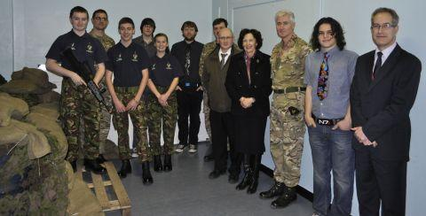Army officers visit college