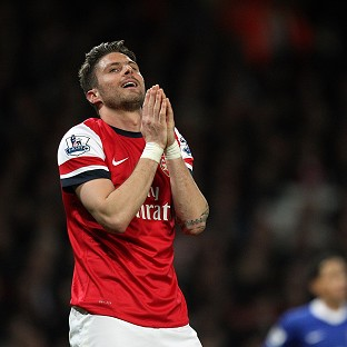 Arsenal's Olivier Giroud rues a missed chance against Everton