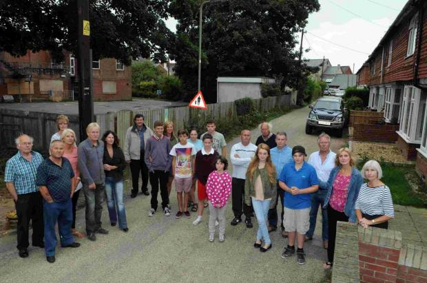 Angry Woodstock Lane residents