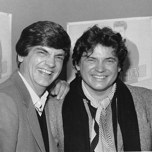Phil Everly, left, and his brother Don, were huge stars in the 1950s and 1960s. (AP Photo/Ray Stubblebine, File)