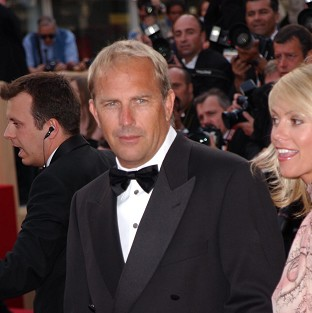 Kevin Costner says he loves to celebrate his birthday with his kids