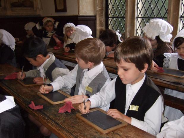 Learning about Victorian times at Leehurst Swan