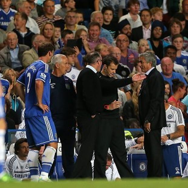 Salisbury Journal: Chelsea manager Jose Mourinho (right) argues with Aston Villa boss Paul Lambert on the touchline