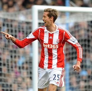 Peter Crouch caused Aston Villa's defenders plenty of problems