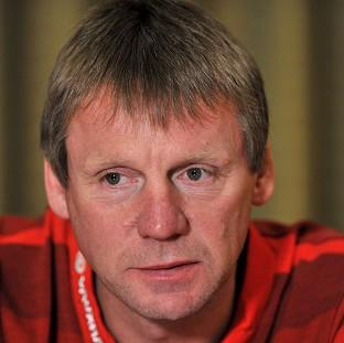 Stuart Pearce is in further talks with Nottingham Forest over becoming their new manager