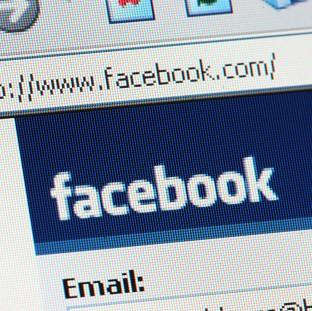 Salisbury Journal: Facebook users will be required to change to the Messenger app to send and receive instant messages