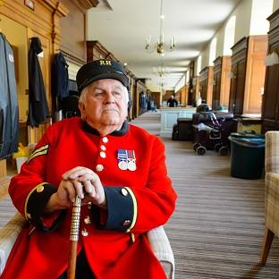 Salisbury Journal: Chelsea Pensioner Tom Mullaney on one of the refurbished 'long wards'