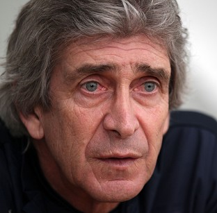 Manchester City manager Manuel Pellegrini insists his team are still firmly in the title race