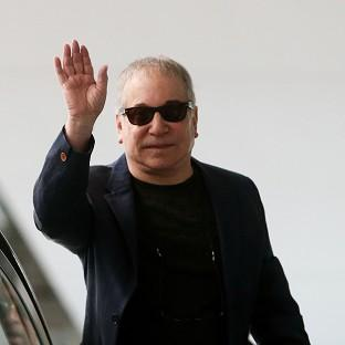 Paul Simon made a 911 call, according to police reports from the US
