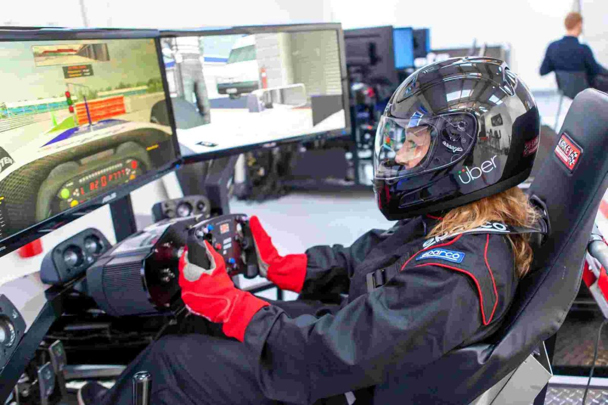 Try out new racing car experience