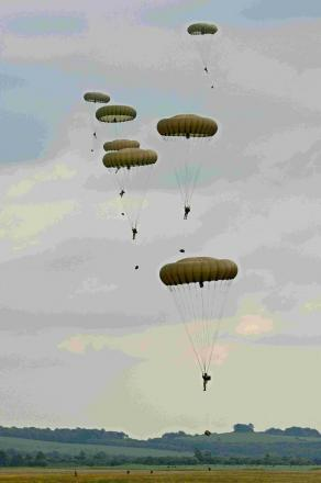 Paras in Normandy drop tribute