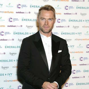 Ronan Keating will star in the musical Once