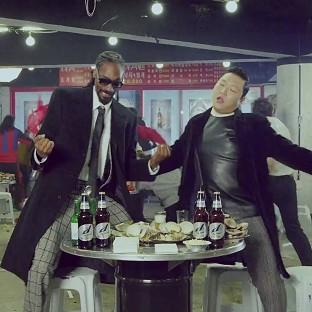 Psy and Snoop Dogg have released the video for their new track Hangover