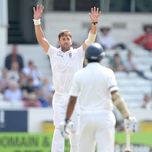 England's Liam Plunkett picked up two wickets in the second session