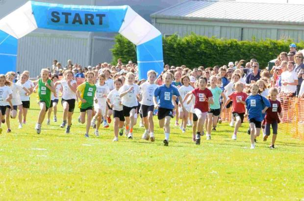 Young runners take part in mini-marathon