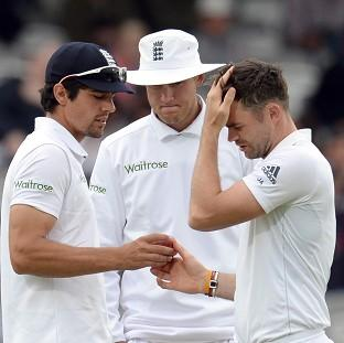 Salisbury Journal: Kevin Pietersen believes Stuart Broad, centre, and James Anderson, right, looked jaded at Headingley