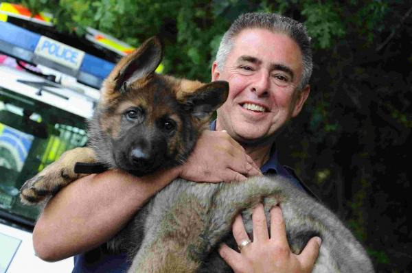 PC David Henrys with new pup Gus