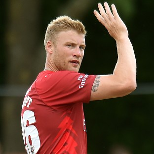 Andrew Flintoff helped Lancashire into the last eight