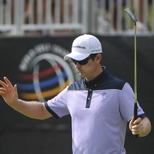 Justin Rose trails by just one shot in Ohio (AP)