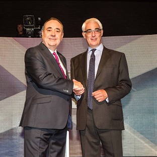 Alex Salmond and Alistair Darling shake hands before their first television debate in the referendum campaign (Devlin Photo/PA Wire)